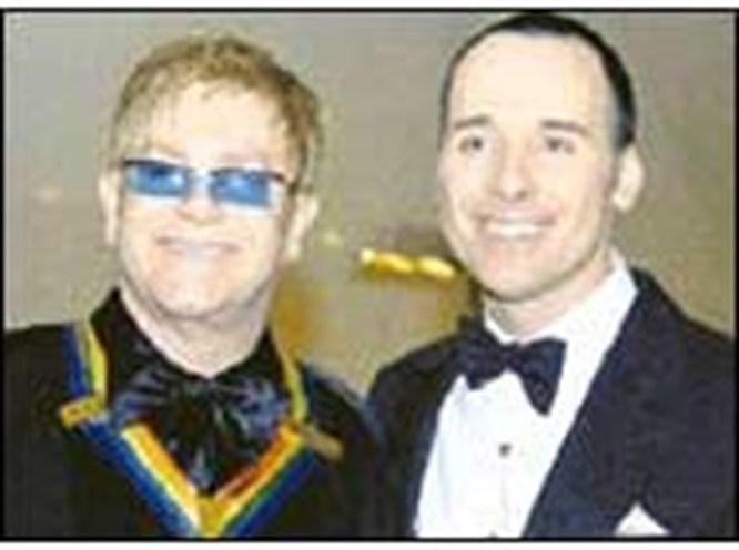 Elton John, erkek arkadaşıyla evleniyor